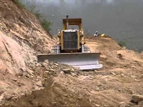 CARRETERA - TROCHA CARROZABLE - Tractor oruga D7G - CATERPILLA